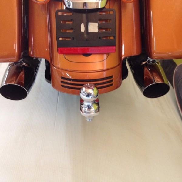 harley-davidson-trailer-tow-hitch-2014-up-flhx-flhxs-1_1024_768